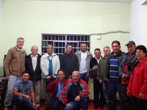 Em pé, da esquerda para à direita: Claudio Anibal, Claudio Béquis, Air, Hélio, Hamilton, Pio, José Roberto, Izaquel, Lázaro, Neuza. Agachados, da esquerda para à direita: Junior Gomes, Dijalma e Álvaro.