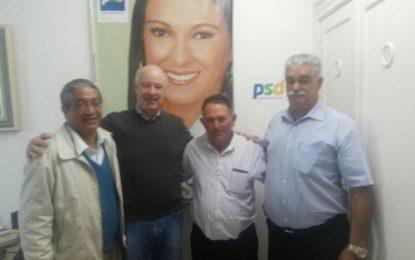 Presidente do PSD de Angatuba Pio de Fátima Camargo e lider regional Herculano Passos debatem mobilização local do partido