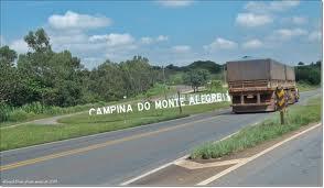 Trevo de Campina do Monte Alegre na rodovia Raposo Tavares.