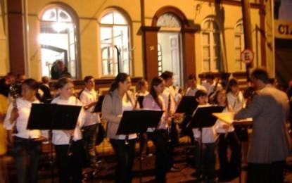 Vereadores do PMDB pedem revitalização da Casa da Cultura