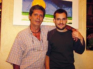 Antonio Prato, com seu pai o escritor Mário Prata.