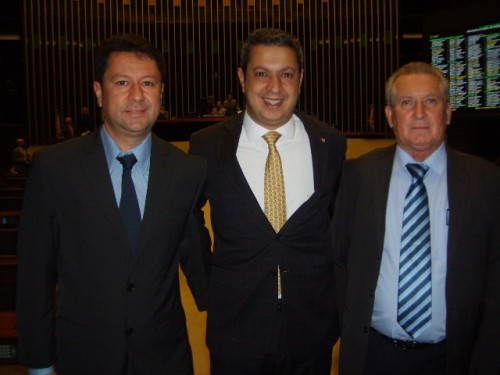 Jr. Palmeirense , deputado Izar e Bras Rochel.