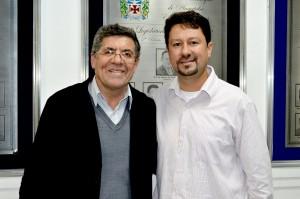 Jr. Palmeirense com deputado estadual Hamilton Pereira