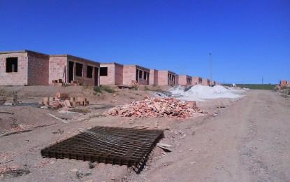 2008- Depois de assinar convênio com prefeitura de Angatuba para construção de 212 casas CDHU capacita técnicos para acompanhamento