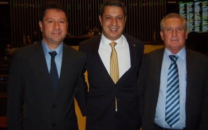 Jr. Palmeirense e Brás Rochel, vereadores do PMDB, conquistam R$ 500 mil junto ao deputado federal Ricardo Izar