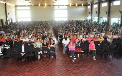 Itapeva: profissionais da rede municipal participam de encontro da Educação