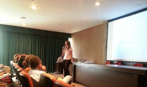 A farmacêutica Alessandra Muzel Ibrahim Proença, coordenadora do Horus de Itapeva