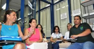 Margot Vinhas e Ana Modenezi (ETEC R. Demétrio Azevedo Jr), Laura Melo Matos (Secretaria da Saúde), Ana Paula Laginsck (SAMU).