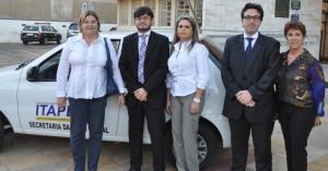 Secretária Beth, juíz. Rodrigo Murat, Lúcia Shereiner, promotor Luiz Otávio e a coordenadora Sueli Desidera.