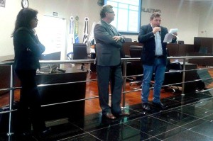 Prefeito_Comeron_apresenta_propostas_do_município