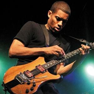 Stanley-Jordan-Trio-at-Blue-Note-Napa-41317