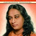 """""""Autobiografia de um iogue (1946)- Paramahansa Yogananda.. Considerado seu magnum opus o livro relata os poderes iogues de ressuscitar os mortos, ver através de paredes, curar doenças terminais, materializar perfumes e objetos, além de descrever a trajetória de estudos e meditação do autor, com ênfase na técnica de kriya Yoga e sua missão de difundi-la no Ocidente. Yogananda também descreve a sua procura por um guru (mestre espiritual) e seus encontros com Mahatma Gandhi- a quem deu iniciação em Kriya Yoga Rabindranath, o poeta, escritor e músico indiano laureado com o Prêmio Nobel de Literatura  de literatura em 1920, Therese Neumann, a católica estigmatizada, Sri Anandamoyi Ma, uma santa hindu, Luther Burbank a quem o livro é dedicado — e outras personalidades famosas .Yogananda escreve abertamente sobre o seu desejo intenso, surgido na infância, de compreender todas as experiências de vida e morte. Quando criança, durante profunda concentração já se perguntava — o que há por trás da obscuridade dos olhos? A morte de sua mãe quando ele tinha apenas onze anos intensificou sua busca pessoal por Deus."""