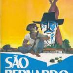"""""""São Bernardo"""" ( 1934) – Graciliano Ramos (1892-1953)  O livro está situado na segunda etapa do modernismo brasileiro. """"S. Bernardo"""" foi adaptado para o cinema por Leon Hirszman em 1972 e ganhou 9 prêmios em festivais nacionais e internacionais.1 com Othon Bastos e Isabel Ribeiro nos papéis centrais. O livro é parte de um grupo de obras pertencentes ao chamado Ciclo da Seca, que marcou o movimento Modernista da 2ª Geração (1930-1945).O autor compõe uma trama que tem como plano de fundo a situação dramática do Nordeste brasileiro, afetado com as secas periódicas, sobretudo as das primeiras décadas do século 20, que ocasionou o êxodo rural, a pobreza generalizada e as tentativas de sobrevivência dos sertanejos nordestinos.Embora escrito dentro desta temática, São Bernardo difere das outras obras contemporâneas a ela, pelo estilo da narrativa, já que se passa em 1ª pessoa e é uma obra em estilo psicológico.O narrador-personagem, Paulo Honório, narra sua vida, de guia de cego no interior do Alagoas até se tornar um grande latifundário, e como não mediu nenhum esforço para conseguir seus objetivos, deixando de lado os escrúpulos e a ética."""