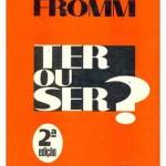 """""""Ter ou Ser? ? (   )- Erich Fromm. Ter é uma função normal de nossa vida. Para a existência humana é necessário que tenhamos e utilizemos certas coisas para a sobrevivência. Digamos que é uma necessidade existencial. Porém o que presenciamos atualmente são práticas que vão além do """"ter para existência"""". Presenciamos uma ideologia consumista. Erich Fromm acentua o quase desaparecimento da escolha entre ter e ser em uma sociedade em que se valoriza ter cada vez mais e só é reconhecido aquele que possui significativos bens de consumo, ou seja, """" tem-se a impressão de que a própria essência de ser é ter, de que se alguém nada tem, não é""""( p.35) .Erich Fromm (Frankfurt am Main, Alemanha, 23 de março de 1900 — Muralto, 18 de março de 1980), psicanalista alemão, filósofo e sociólogo."""