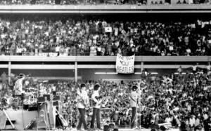 beatles-play-shea-stadium-1965-415x260