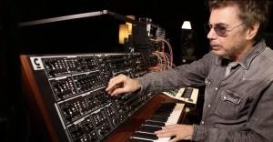 jean-michel-jarre-schmidt-analog-synthesizer-e1506037532910