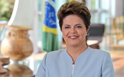 """Prefeitura de Angatuba e outras da região """"sacaneiam"""" Dilma"""