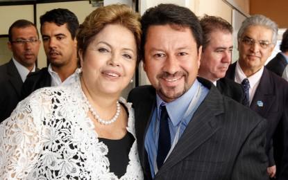 Dilma Roussef envia R$  1.282.900,00 para pavimentação e recape para Angatuba