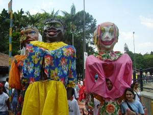 Bonecões de Angatuba no Revelando São Paulo , ano 2007.