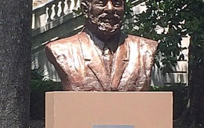 """Estátua de Lula nos Estados Unidos é um """"cala a boca """" nas elites brasileiras"""