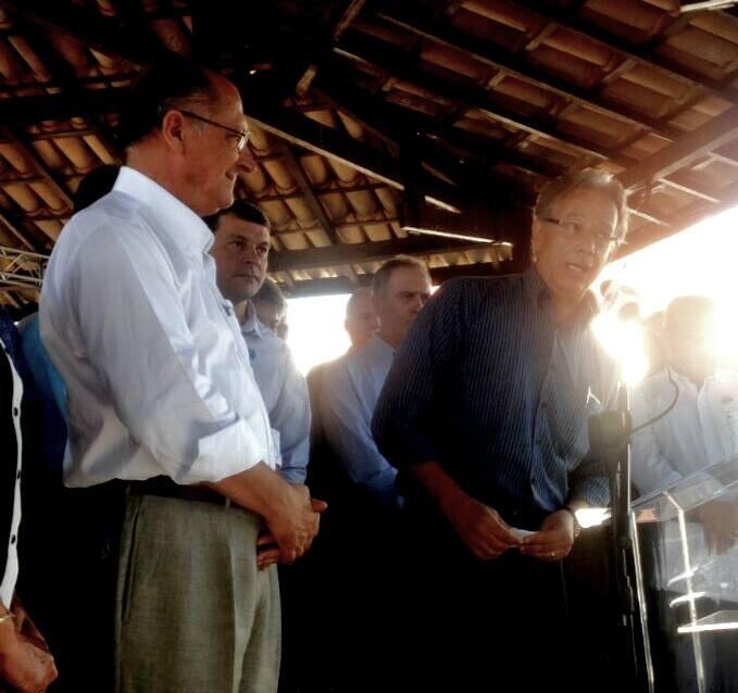 Alckmin, prefeito de Tatui, José Manoel Correa Coelho (PMDB), o Manu,  e deputado estadual Edson Giriboni (PV)