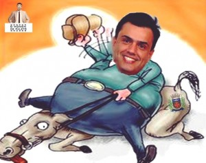 Charge com foto do prefeito idealizada por página do Facebook.