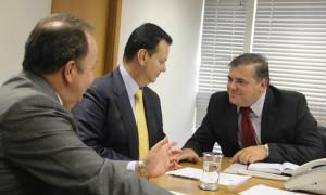 Prefeito Comeron e o ministro Gilberto Kassab em Brasília