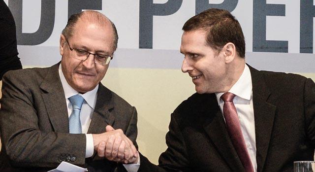 Alckimin com Fernando Capex. Foto:Assembléia Legislativa.