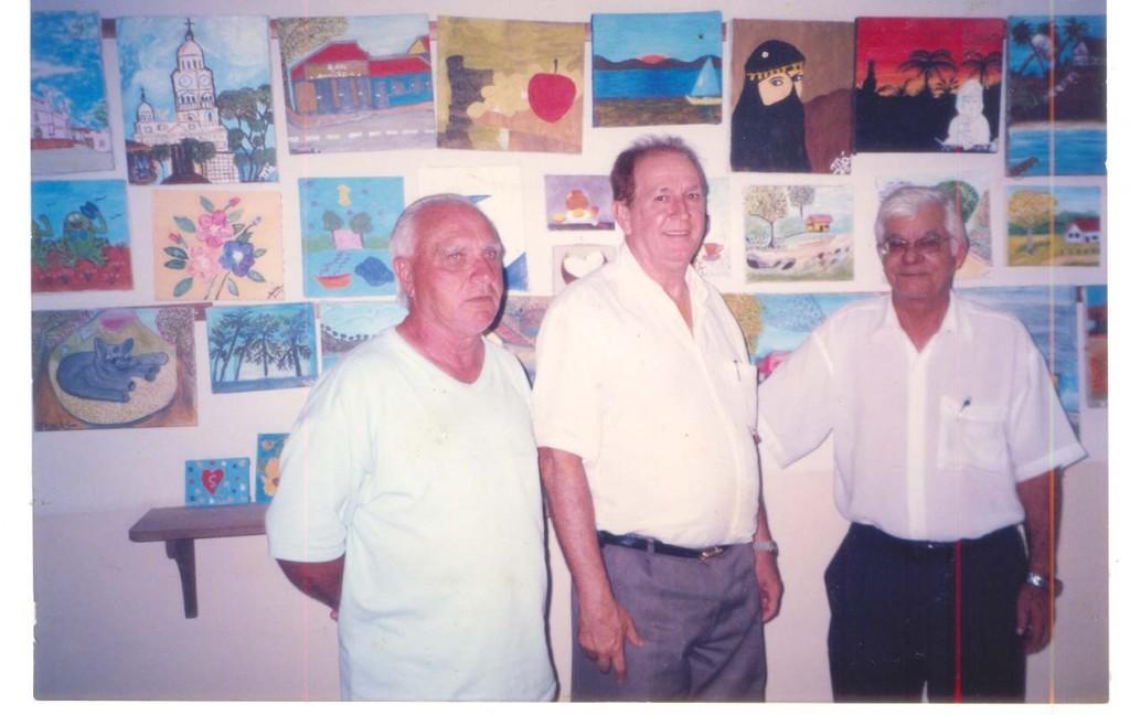 Na foto, de 2006, três dos primeiros funcionários do fórum de Angatuba: João Batista Rodrigues (Bóia), Natal Cicote e Valdevino Rodrigues.