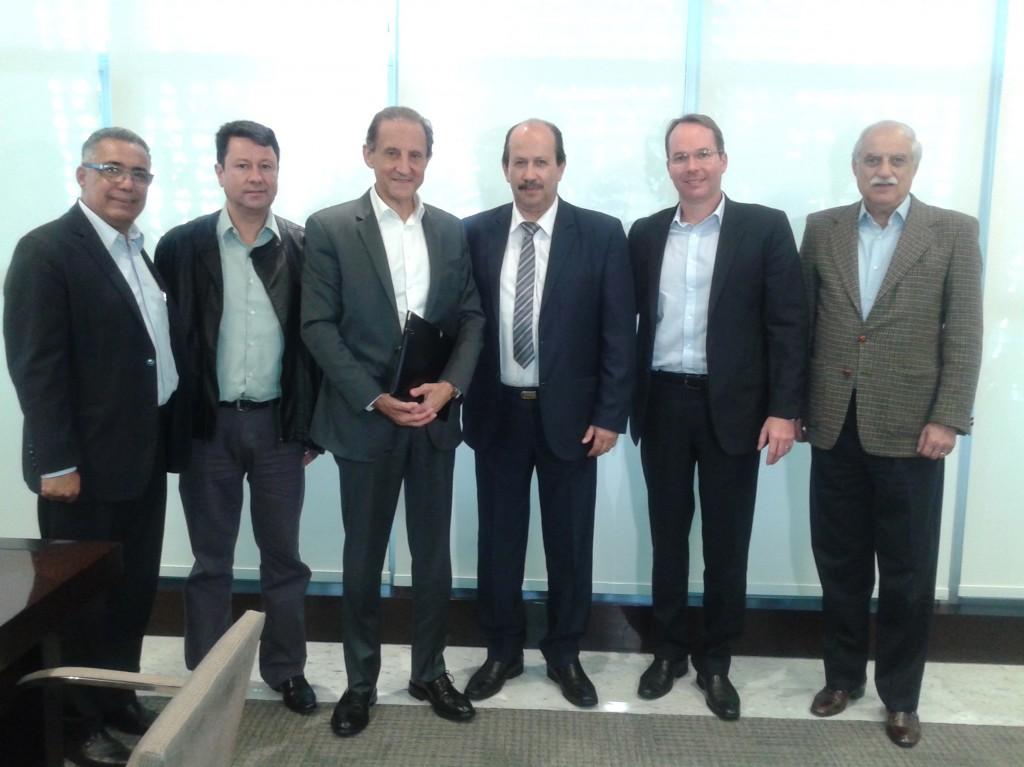 Da esquerda para a direita: Benedito Sampaio, Junior Palmeirense, Paulo Skaf, prefeito Luiz Antônio Machado, Alexandre Meyer e Sérgio Barbour.