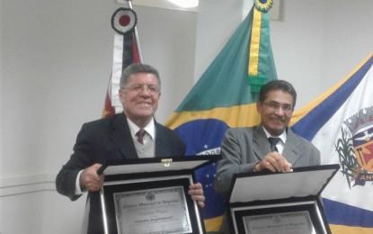 Títulos de cidadania angatubense entregues a Hamilton Pereira e a João da Mala na sexta-feira
