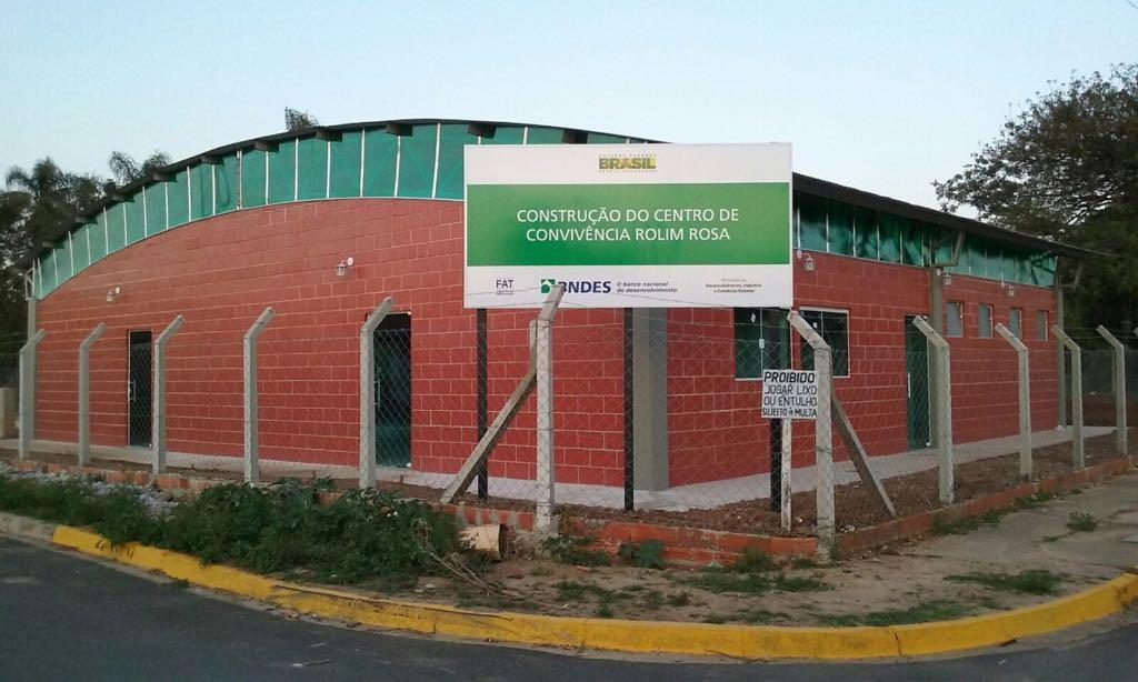 Centro de Convivência em foto tirada logo após sua conclusão.