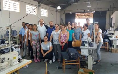 Apoiada pela administração Luiz Antônio Machado fábrica de confecção funciona desde novembro em Angatuba