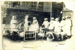 Escola Peixoto Gomide, Itapetininga,  transformada em hospital, para receber soldados feridos nos embates da Revolução Constitucionalista que teve como um dos palcos essa região.