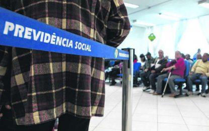 Previdência: Bolsonaro planeja cortes na renda de idosos e pessoas com deficiência