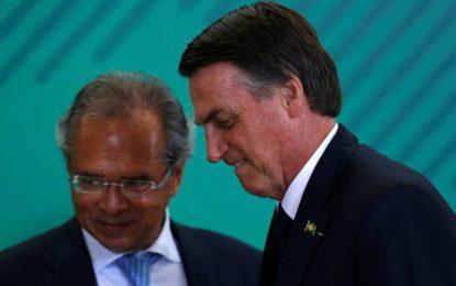 A indústria da mentira de Bolsonaro e Guedes