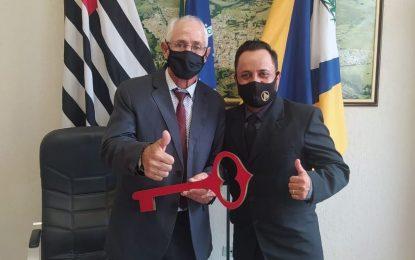 Partido Republicanos considera traição a adesão de Maceninho ao PSDB