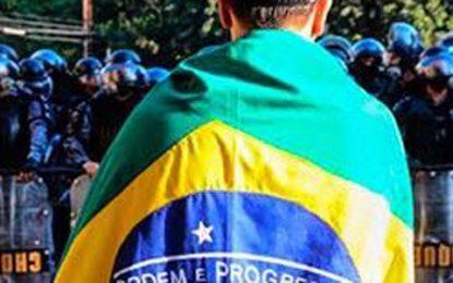 """""""Meu partido é o Brasil"""" uma ova"""
