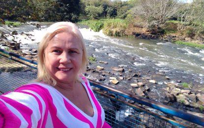 Candidata a prefeita de Campina de Monte Alegre, Sirlei Passarinho, apregoa união em torno do desenvolvimento do município